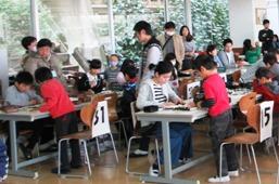 雲雀丘学園で囲碁大会がありました。